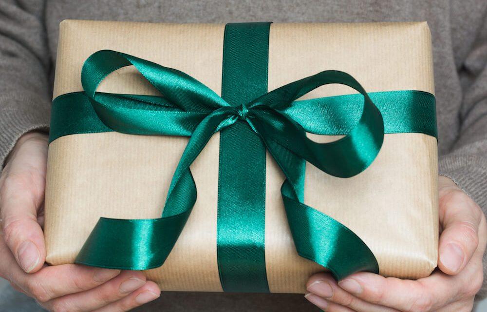 Idée cadeau : 3 luxueux pulls en cachemire pour hommes